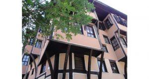 Lamartine House 4